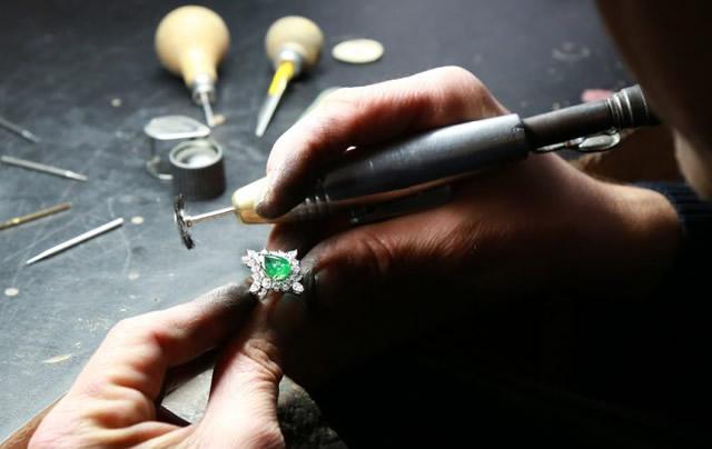 Jewelry repair software
